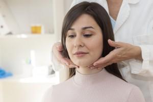 female thyroid patient